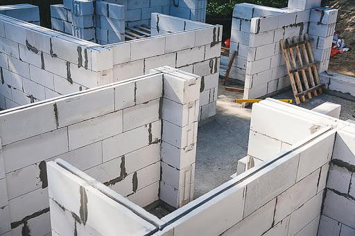 Правила укладки газобетонных блоков